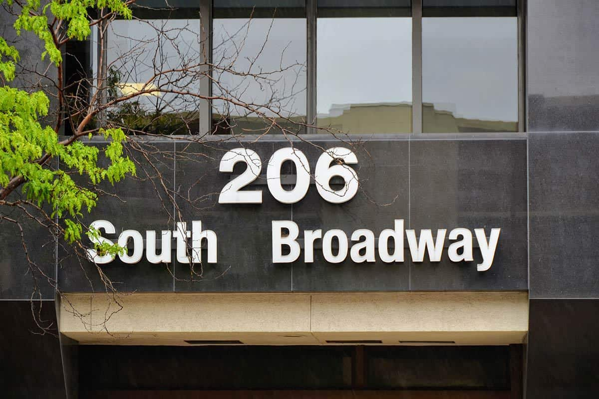 206 South Broadway Entrance Sign